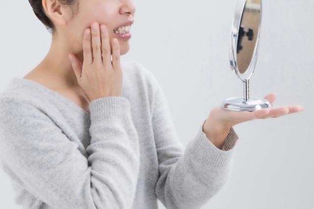 口が閉じにくい原因は歯並び?歯列矯正した方がいい場合とは